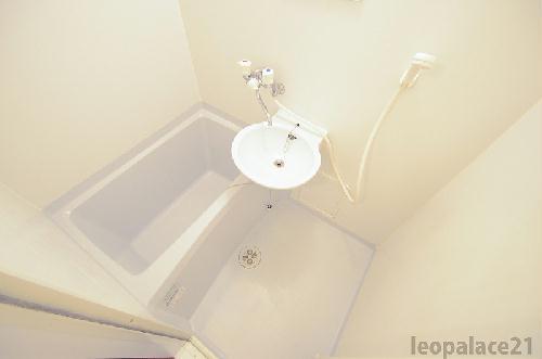 レオパレスメゾン・ド・ボヌール 203号室の風呂