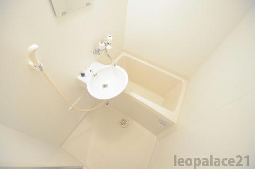 レオパレスMajesty22 203号室の風呂