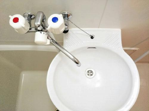 レオパレスアンジュB 204号室のトイレ