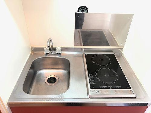レオパレスK・M 208号室のキッチン
