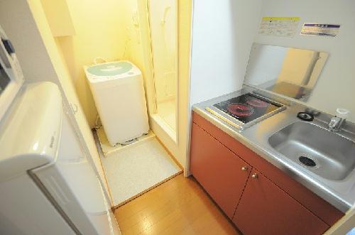 レオパレス西蔵前2 203号室のキッチン