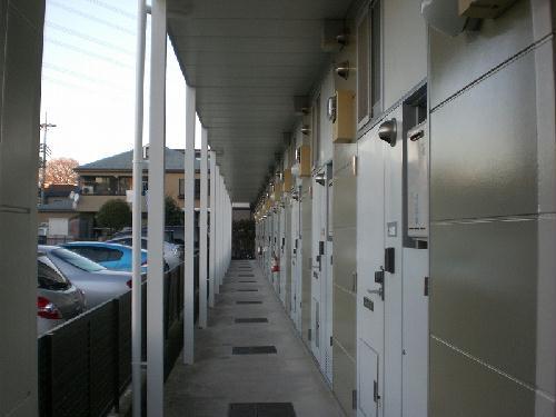 レオパレスファウィステリアⅡ 104号室の玄関