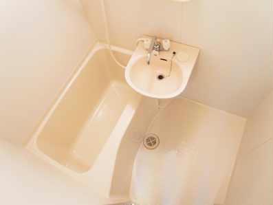 レオパレス坂之台ビレッジ 202号室の風呂