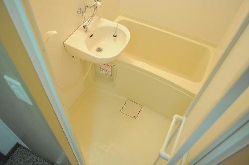 レオパレスファウィステリア 209号室の風呂