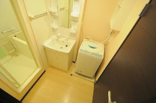レオネクストエスベランサ 110号室の洗面所