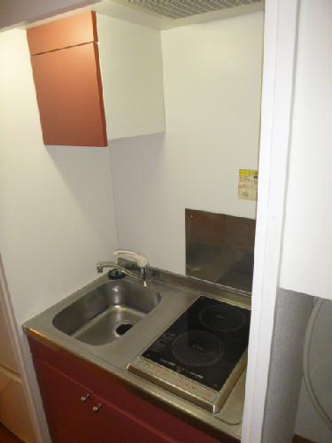 レオパレスH two 103号室のキッチン