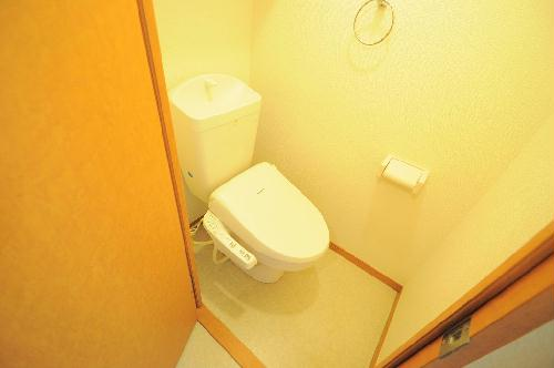 レオパレスH two 103号室のトイレ