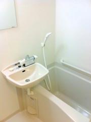 レオパレスステラ 203号室の風呂