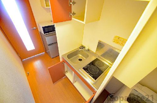 レオパレスエテルナ 201号室のトイレ