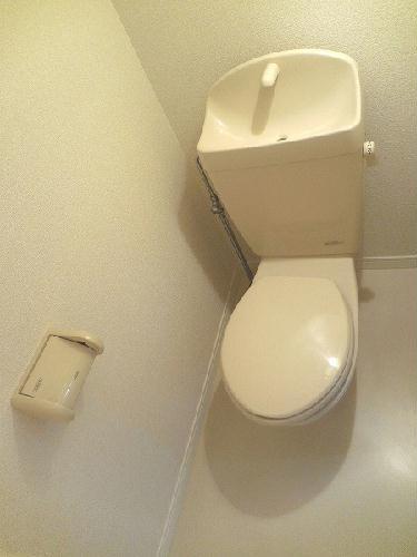 レオパレスTIME 101号室のトイレ