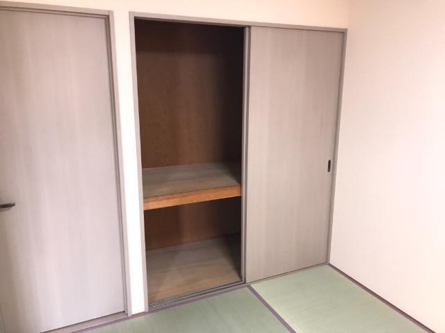 ハイツ河合 00103号室の収納