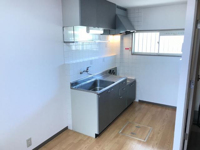 ハイツ河合 00103号室のキッチン