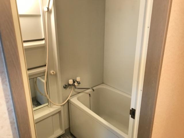 ハイツ河合 00103号室の風呂