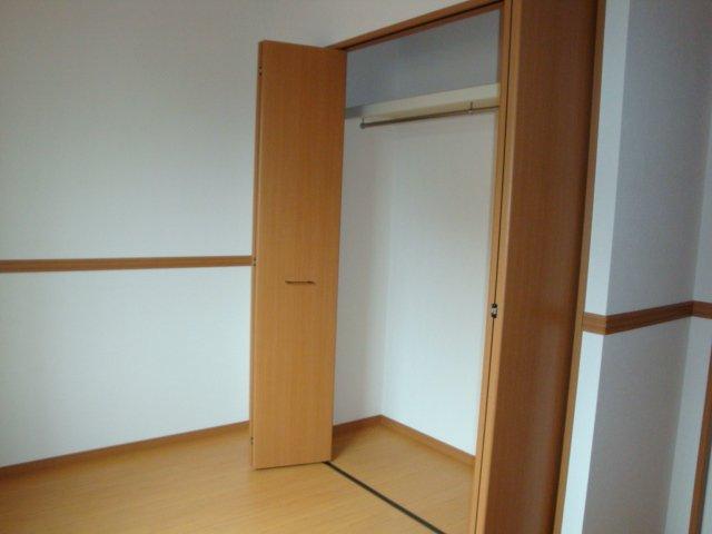 グラスフルールA 102号室の収納