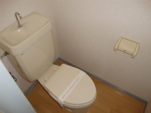 リバティはやのC 00302号室のトイレ