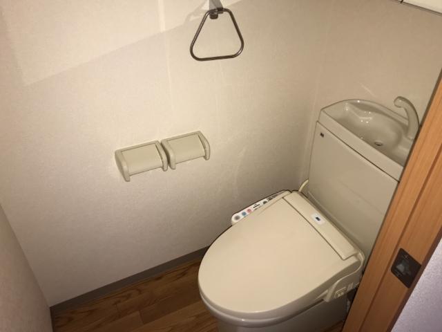 コンフォース・ステージM 302号室のトイレ