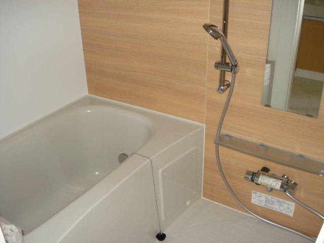 ジェミニ 203号室の風呂