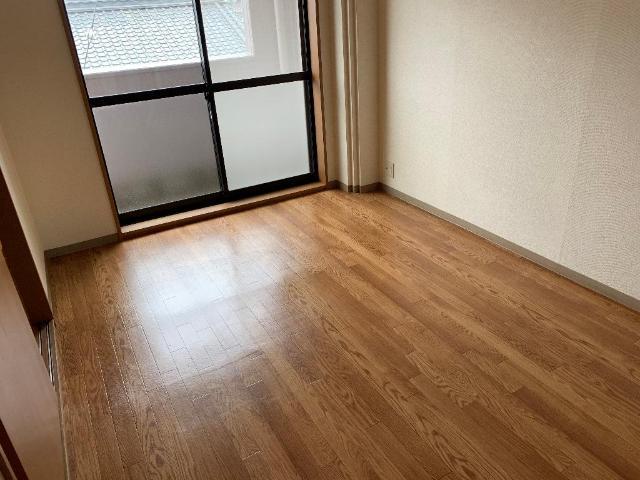レジデンス花水木 205号室のリビング