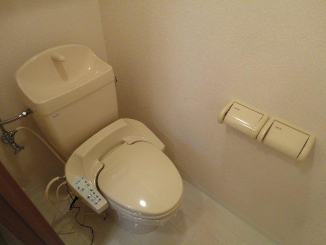 リバーサイドJS 106号室のトイレ