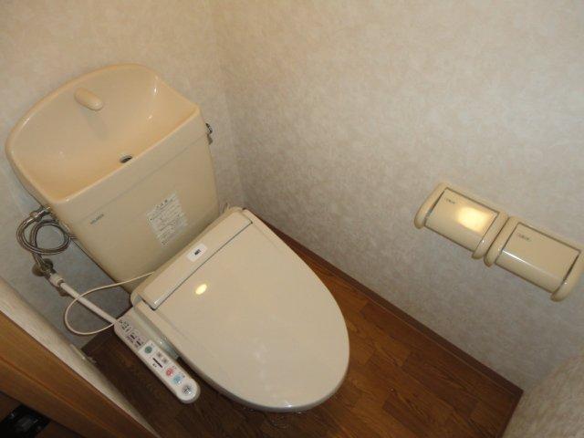 センチュリーマンション 301号室のトイレ