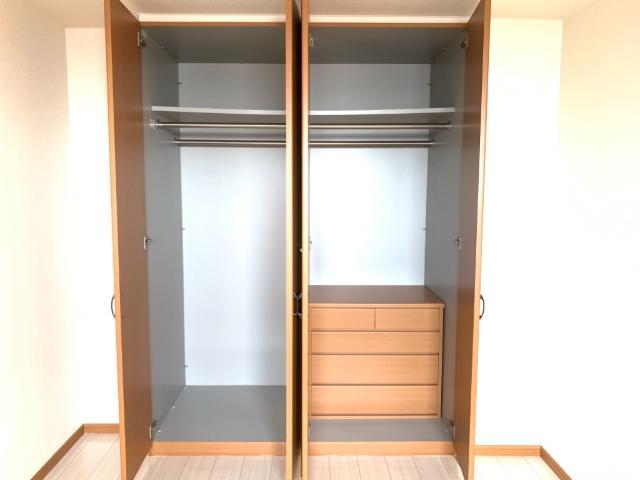 L.クレア 303号室の収納