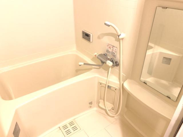 L.クレア 303号室の風呂