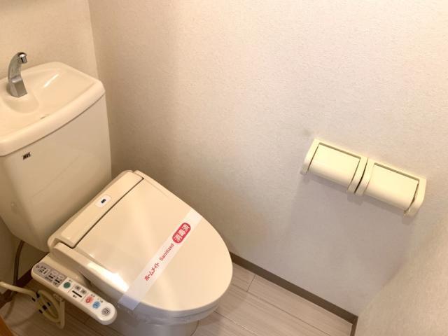 L.クレア 303号室のトイレ