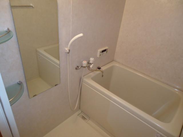 クリエイトハイツ 106号室の風呂