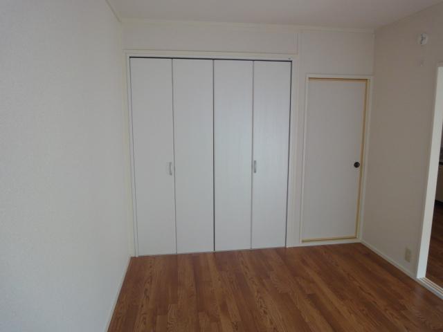 ワイズハウス星の宮 00202号室のベッドルーム