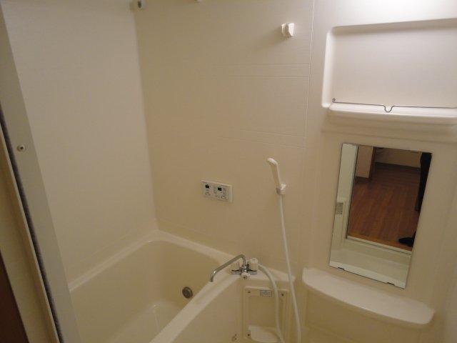 グランチェスタⅢ 105号室の風呂