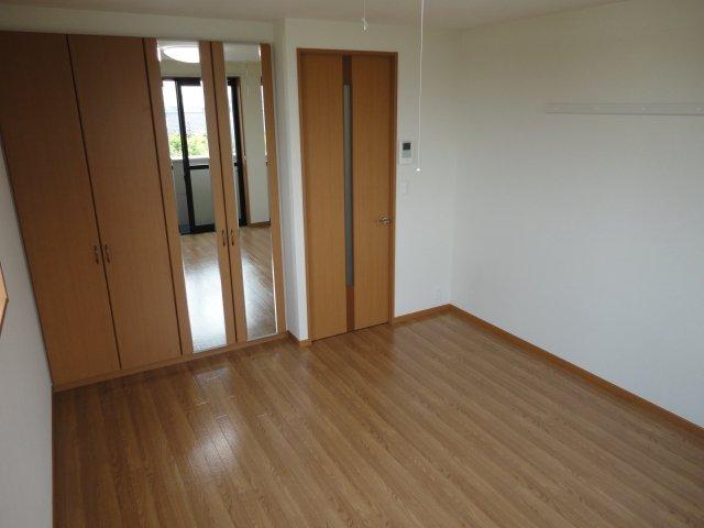 ベル・グラース 00202号室の居室