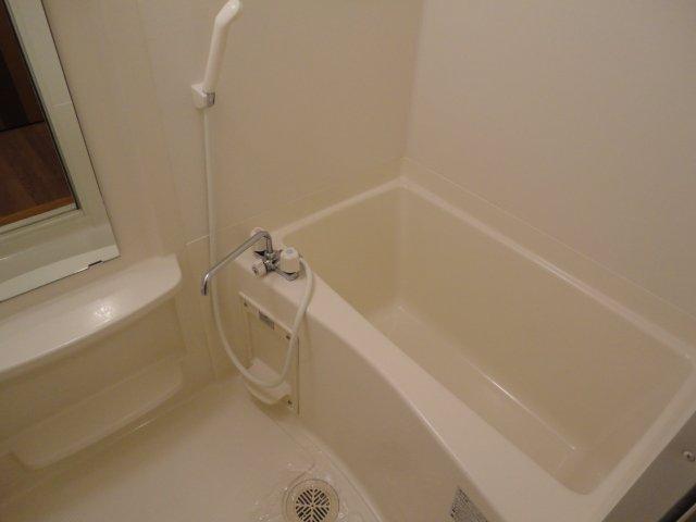 ベル・グラース 00202号室の風呂