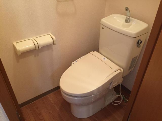 エバーエデンB 00203号室のトイレ