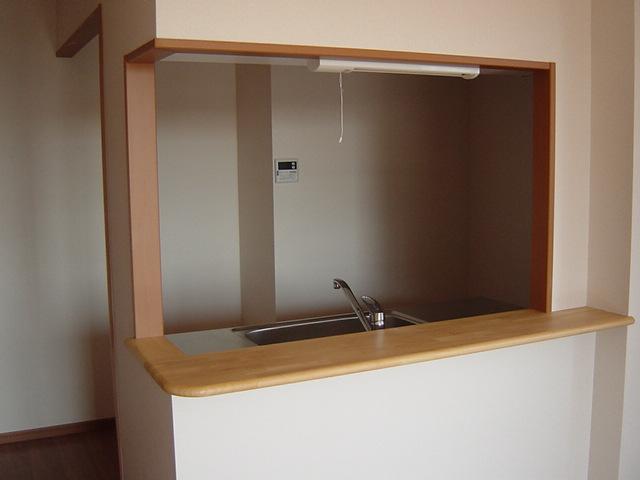 カサ・ベルデⅠ 103号室のキッチン