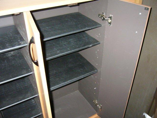 グランチェスタB 00103号室の玄関