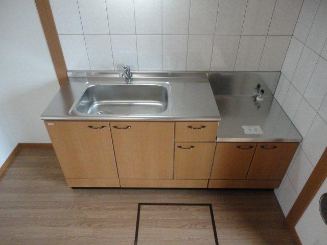 グランチェスタB 00103号室のキッチン