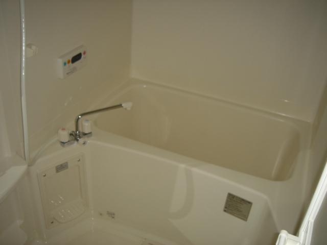 グランチェスタB 00103号室の風呂