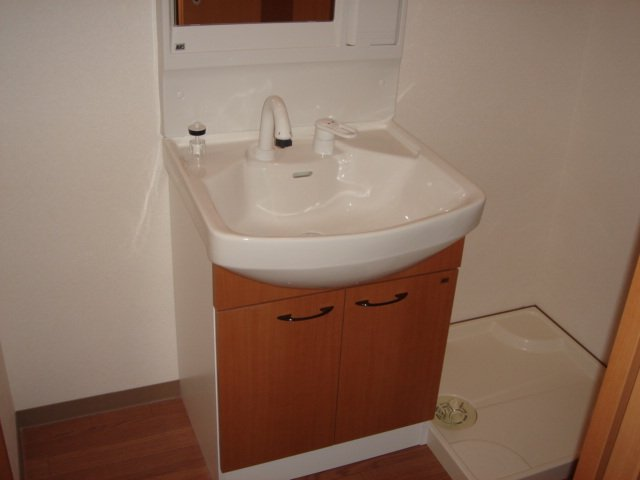 グリルス Ⅰ 203号室の洗面所