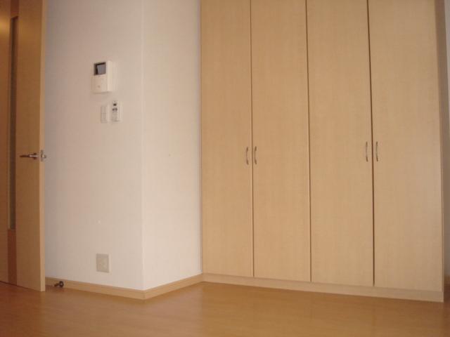 グリーンガーデン 101号室のリビング