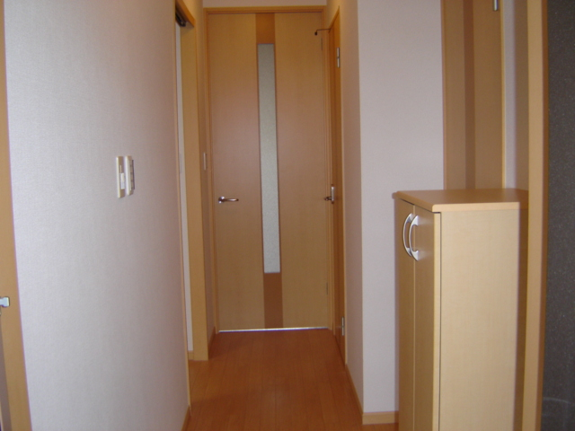 グリーンガーデン 101号室の玄関