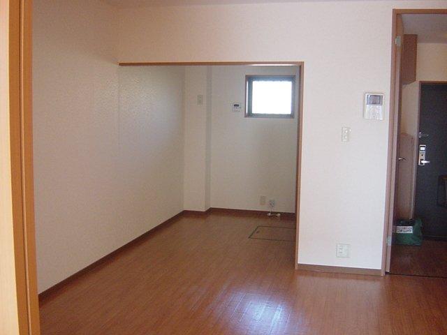 アメニティB 105号室のキッチン