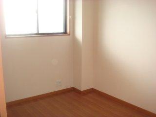 アルカディア 105号室の居室