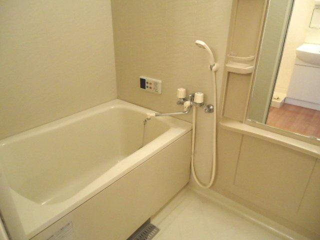 ライブリーコート 201号室の風呂