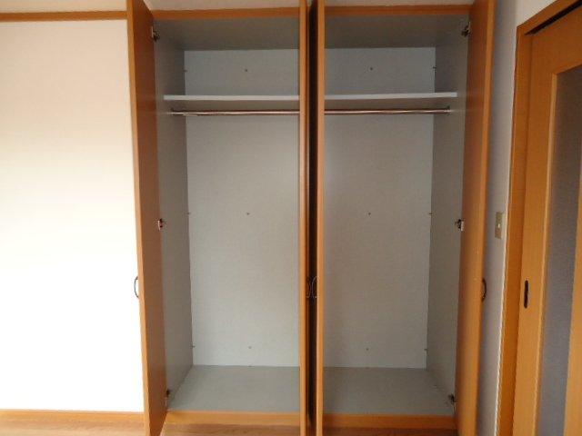 ライブリーコート 201号室の収納