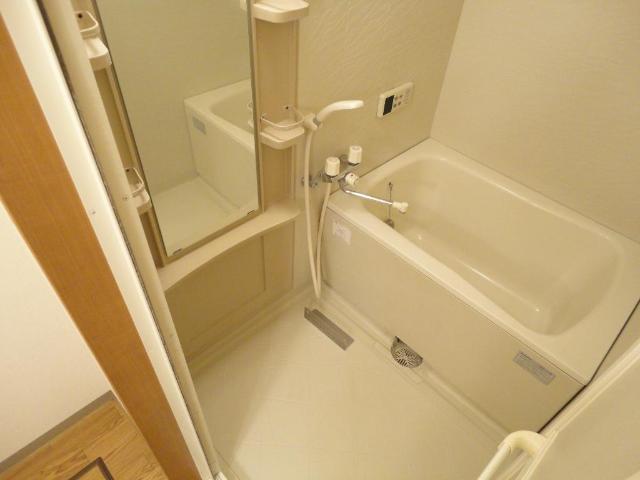 フォレスト粕川 A棟 101号室の風呂