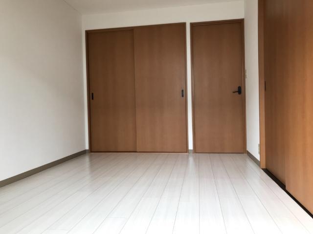 フォレスト粕川 A棟 101号室の居室