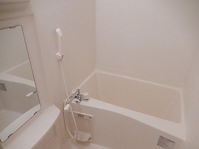 Number One 201号室の風呂
