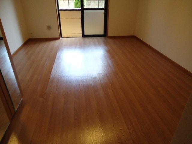 ミルキーウェイ 106号室の居室