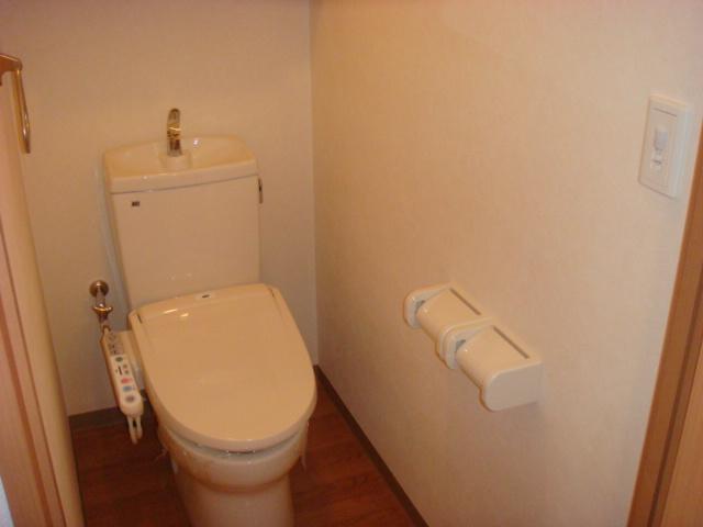 ミルキーウェイ 106号室のトイレ