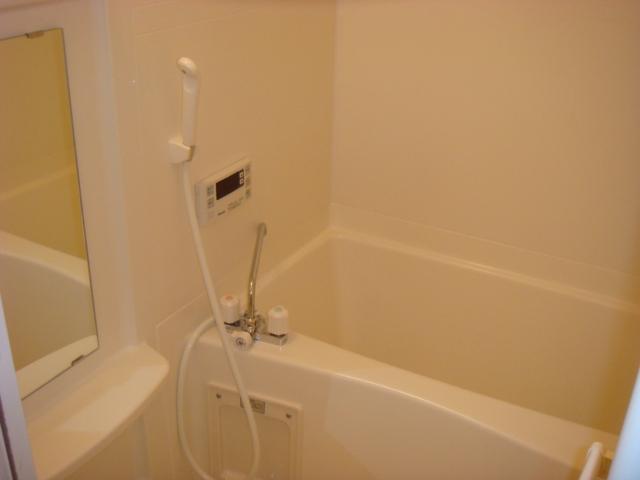 ミルキーウェイ 106号室の風呂